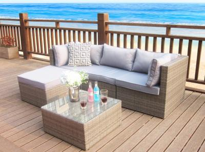 How To Hire Rattan Garden Furniture?