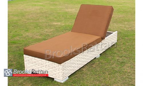 Ivory Wide Rattan Single Sun Lounger in Cream Rattan