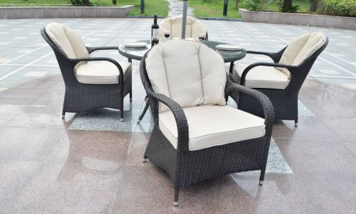 Brown Regal 4 Seater 120cm Round Dining Set