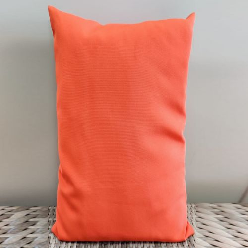 Sunbrella scatter cushion color: Pink