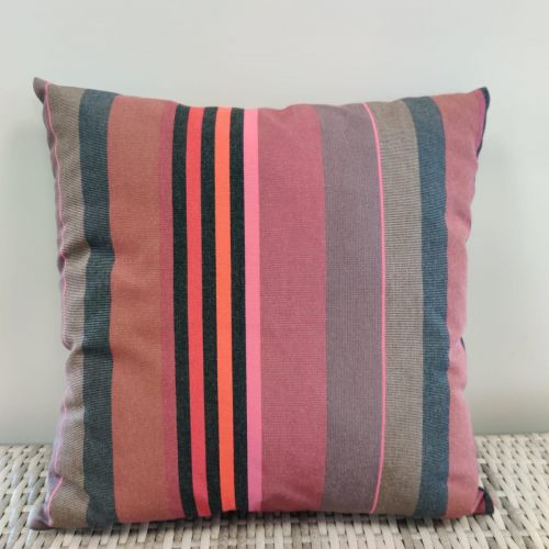 Sunbrella scatter cushions pattern wide strips, color pink orange gray red