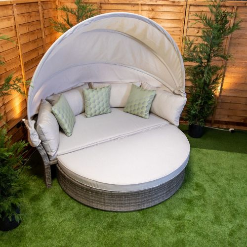Champagne Day Bed With Canopy